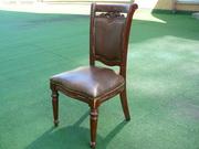 продам деревянные стулья б.у. с мягким сиденьем и спинкой для кафе