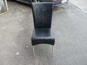 Продажа стульев  мягких черных
