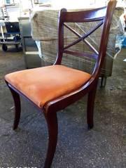 Продам стулья б/у из дерева мягкое сиденье
